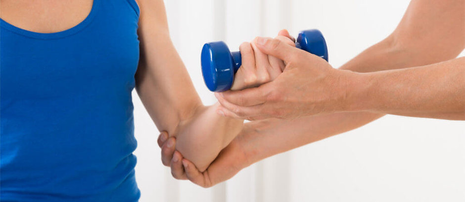 hand-wrist-elbow-pain-therapy-1437x627-1