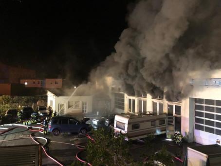 Großbrand in Kfz-Werkstatt
