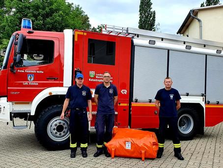 Löschwasserbehälter an Fachdienst Brandschutz - Zug Wasserversorgung - übergeben