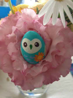 owl with flower