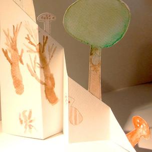 Sculptures en papier, automne