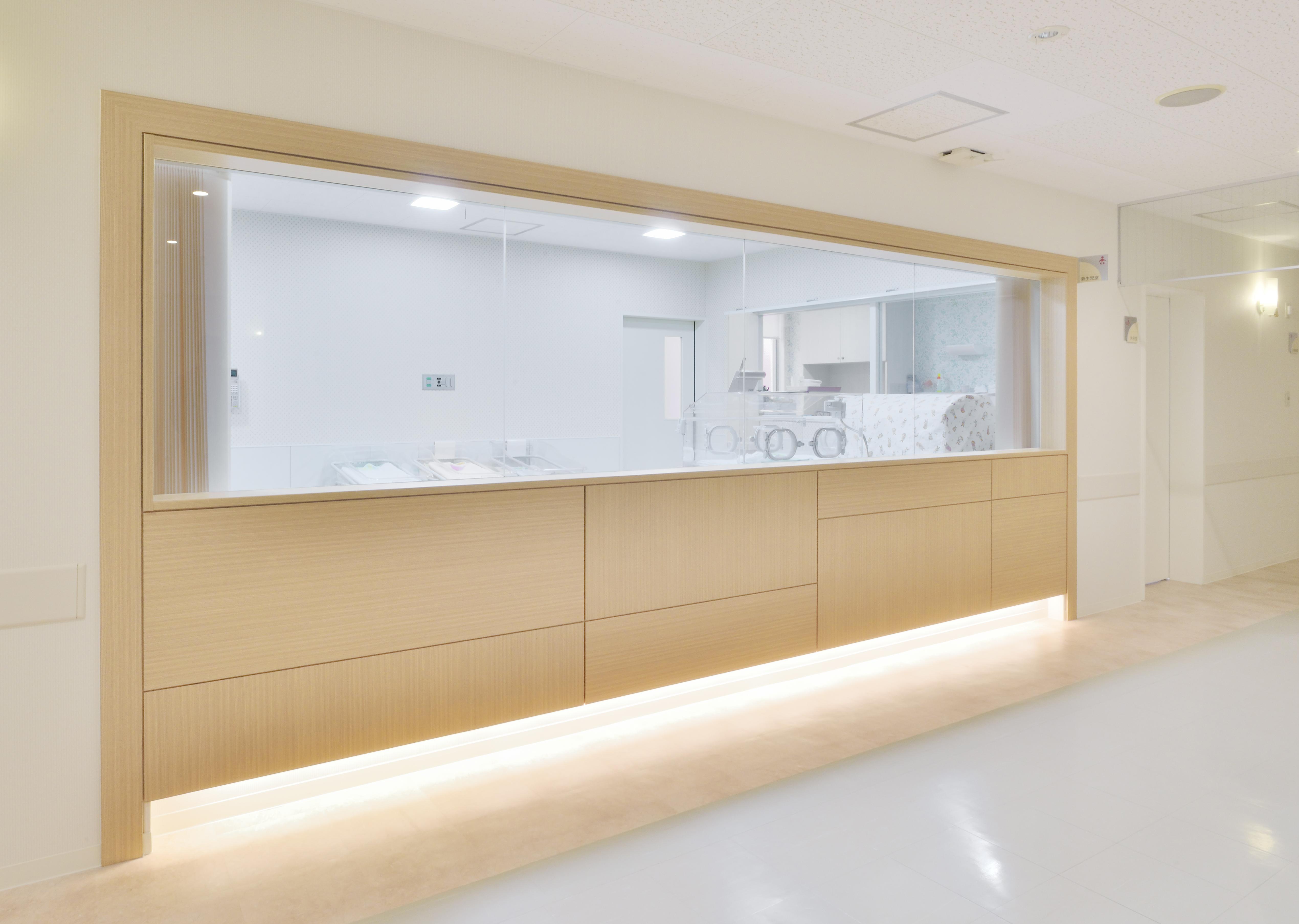 新生児室.jpg