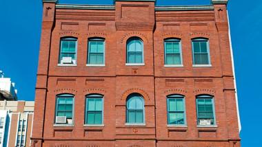 Paca House Apartments