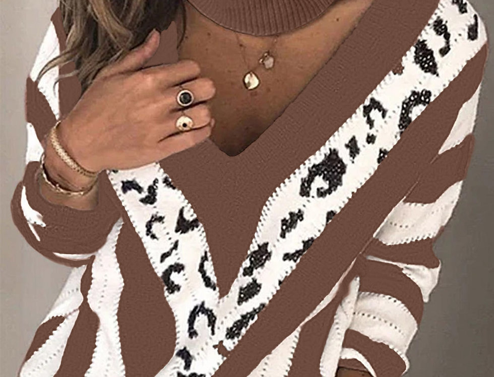 Laurence Leopard Print Contrasted Choker Knitted Jumper