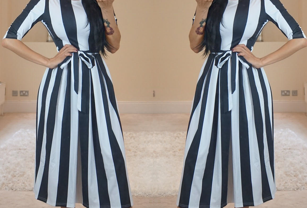 Penny Monochrome 3/4 Sleeve Midi Dress