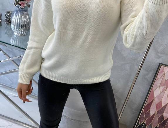 Opha Fine Knitted Sweater