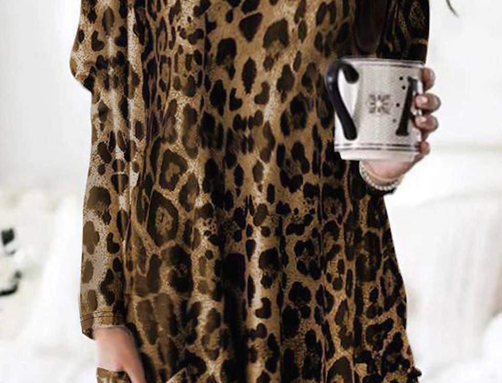 Lisa Pocketed Leopard Print Loose Fit Sweater