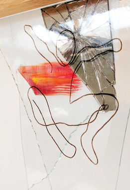 Smashed-Dreams---Play---Atelier-de-Lampi
