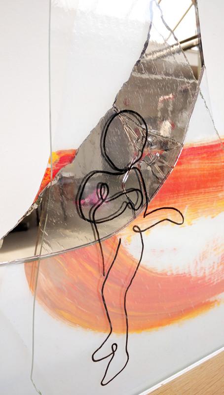 Smashed-Dreams---Dancing---Atelier-de-La