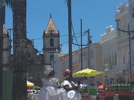 VISTA-SE DE POESIA