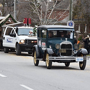 Stouville Christmas Parade
