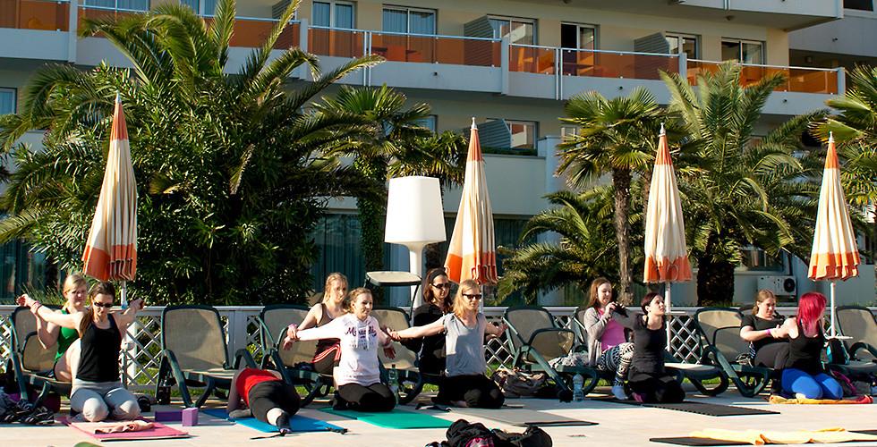header-yoga-festival-27.jpg