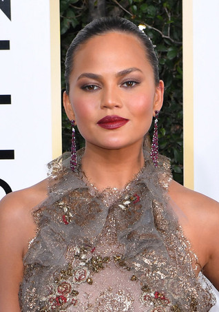 Chrissy Teigen's Modern Vamp Lip Is a Look You'll Want to Wear Day and Night