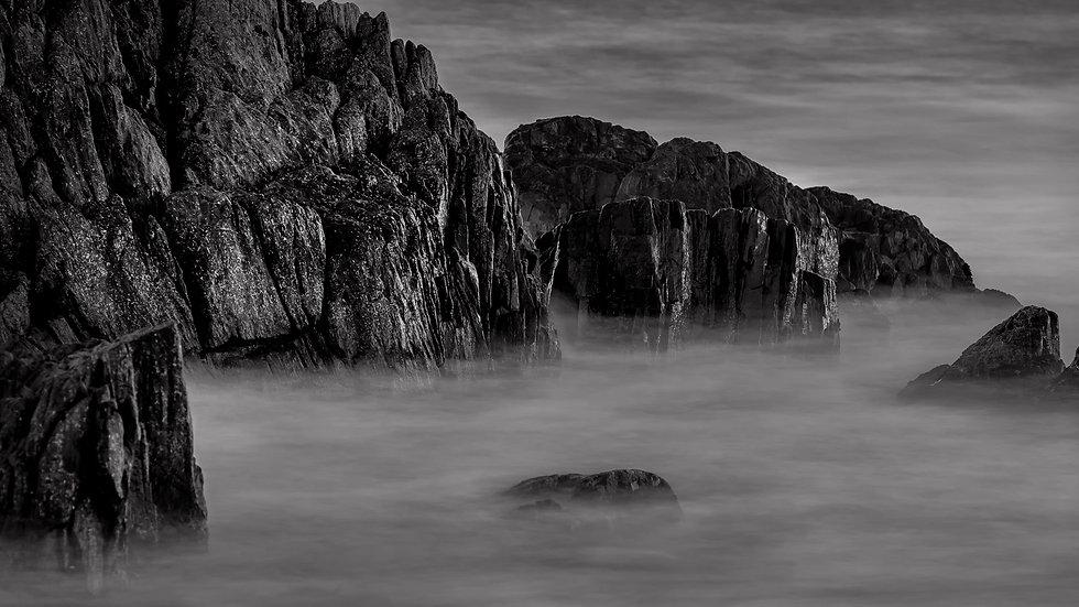 Cressy Beach 2 - Mono Series