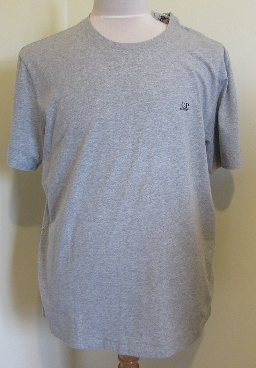 08CMTS108A C.P. Company 'Goggle Hood Print' Tee Shirt in Grey (M93)