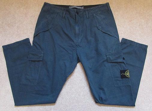 6815314WA Stone Island Cargo Trousers in Green (V0159)