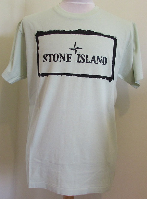 74152NS80 Stone Island Round Neck Tee Shirt in Green (V0052)
