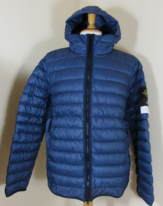 671540124 Stone Island 'Garment Dyed Micro Yarn Down' Hooded Jacket in Blue (V00