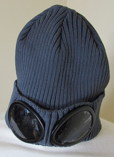 02CMAC111A C.P. Company Goggle Hat in Charcoal Urban Chic (926)