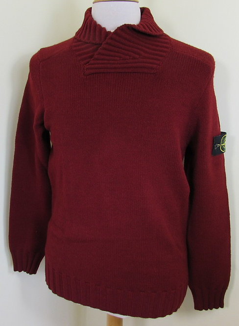 5715586A2 Stone Island Shawl Neck Knit in Red (V0012).