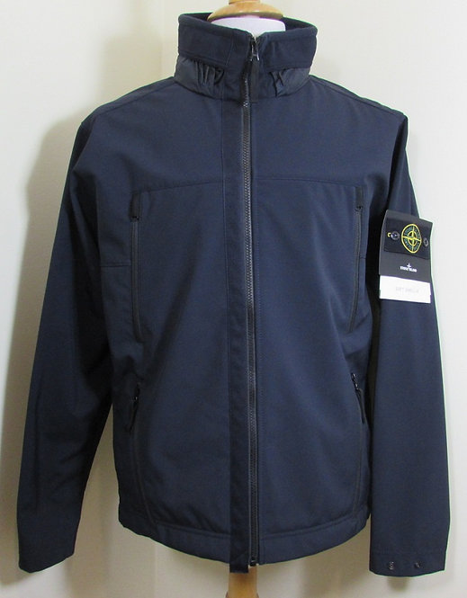 6915Q0722 Stone Island 'Soft Shell-R' Hooded Jacket in Navy Blue (V0020)