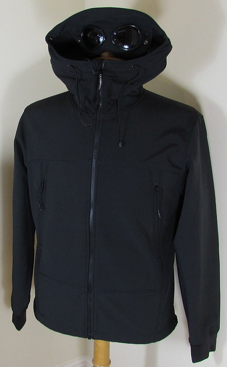 16WCPUF04085 C.P. Company Soft Shell Goggle Hood Jacket in Black (999)
