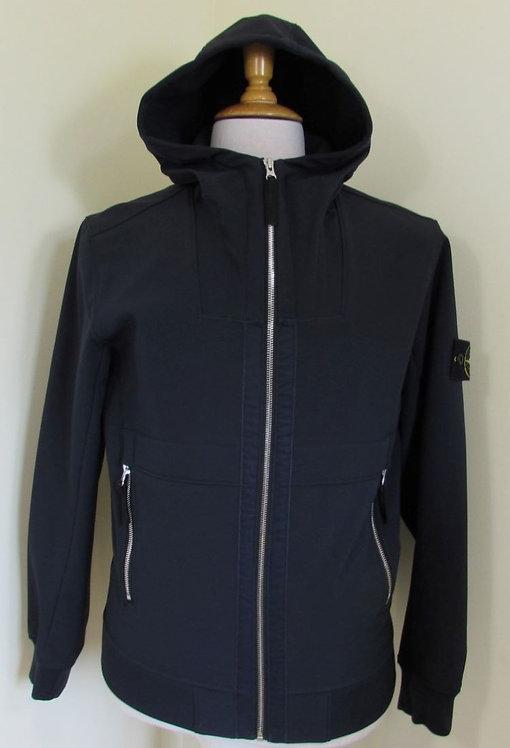 7115Q0222 Stone Island 'Soft Shell-R' Hooded Jacket in Navy (V0020)