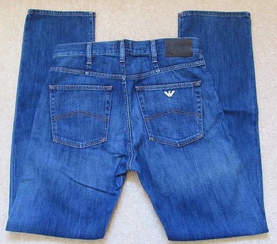 76 J31 Armani Jeans Regular Fit in Fade Denim (15)