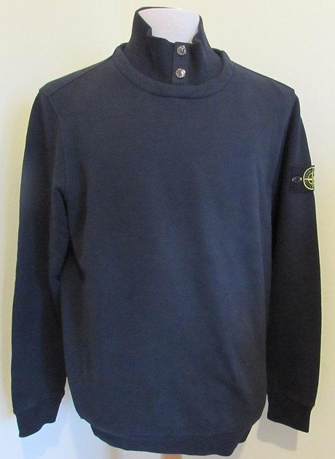 711560620 Stone Island Round Neck Sweatshirt in Navy (V0020)