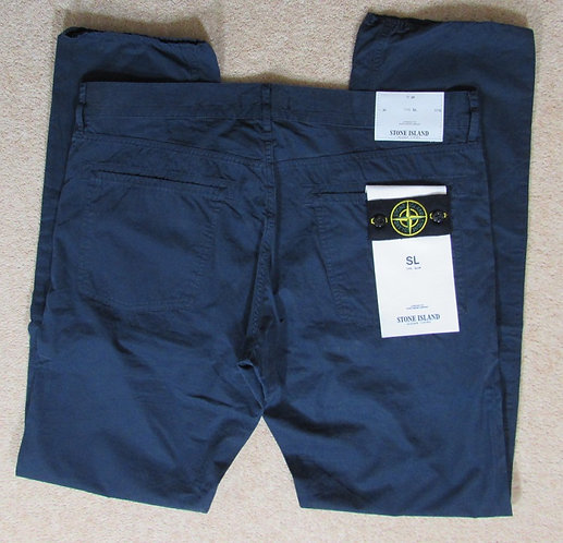 541531BWN Stone Island SL Jeans in Navy (V0020)