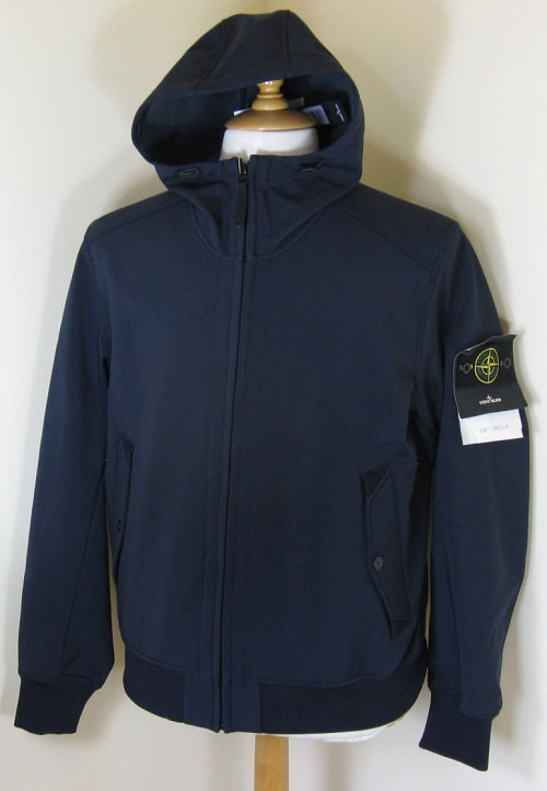611541522 Stone Island 'Soft Shell-R' Hooded Jacket in Navy (V0020)