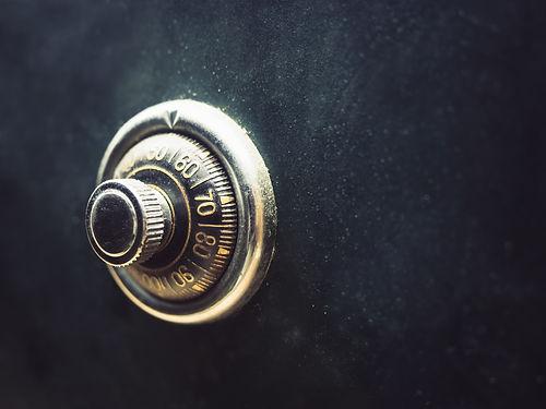 Empresa de manutenção de cofre Golden Safes