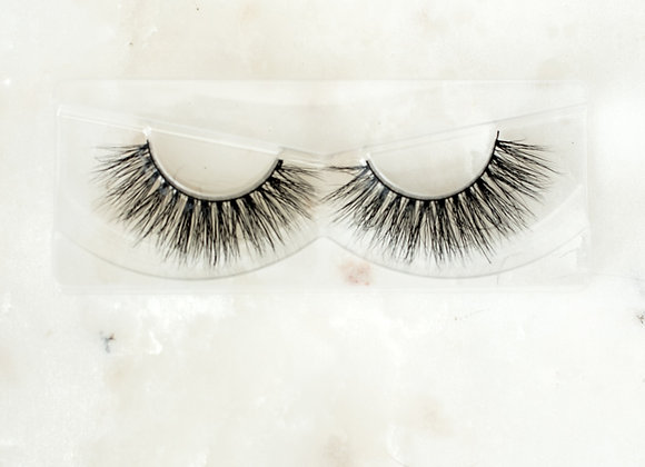 Soft Glam Lashes by Glam Gall