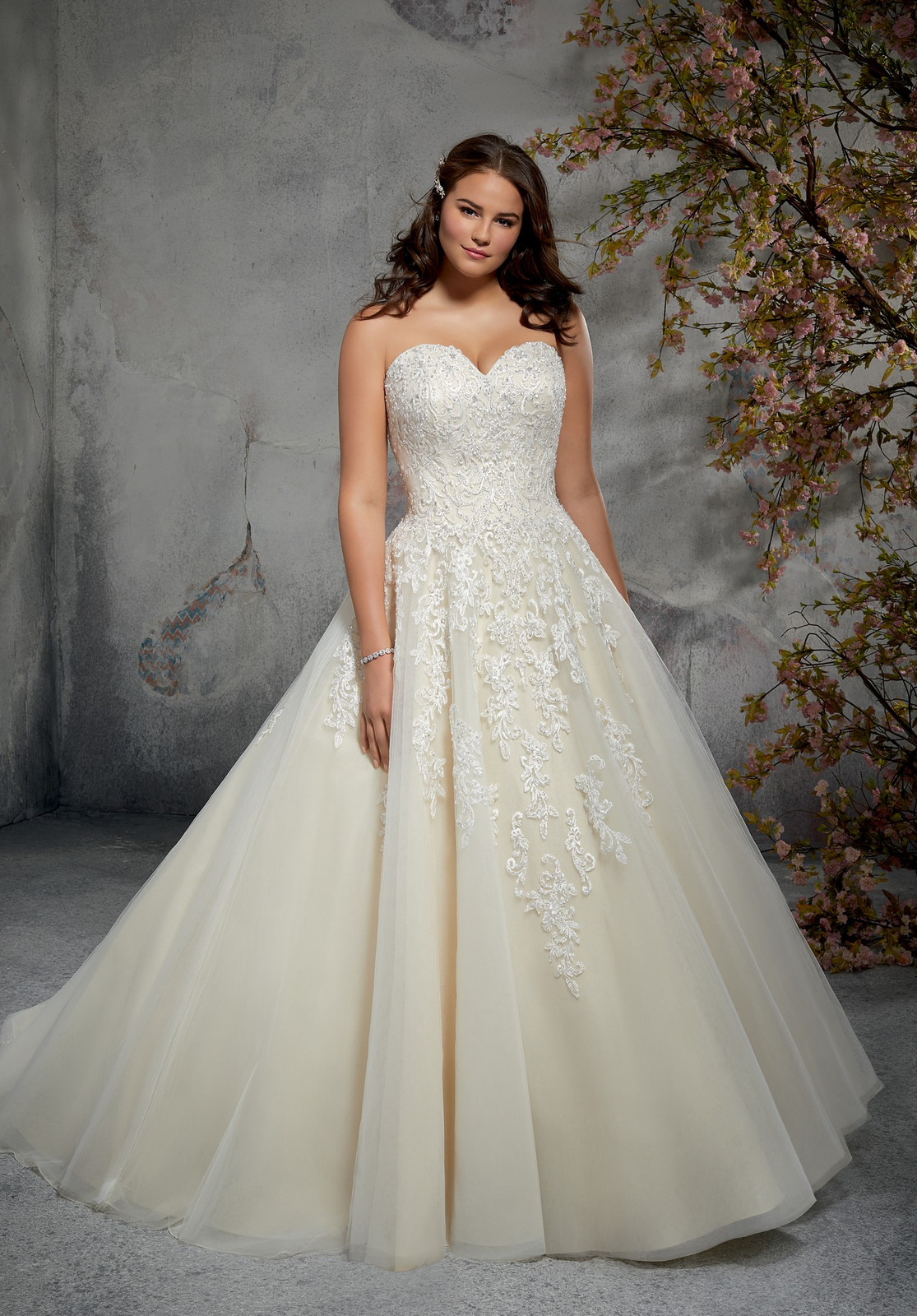 81955b9e4 Plus Size Wedding Dresses Uk Shops | Saddha
