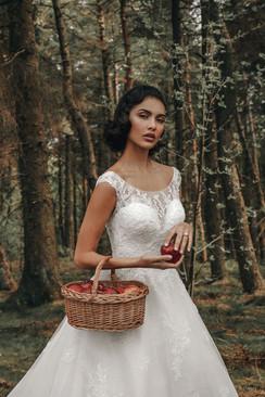 Snow White £2300
