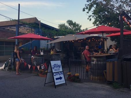 The Alley Beach Bar & Grog House