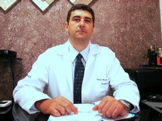 Robson M Pedroso Psicanalista especialista em Hipnose Clínica
