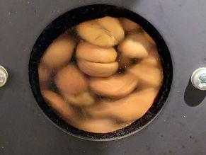 豆を焼く音