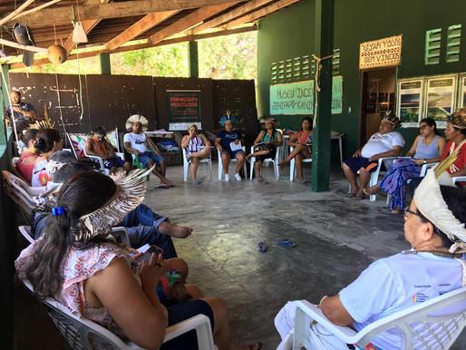 Reunião sobre a rede de prevenção e enfrentamento à violência contra povos indígenas