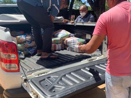 Coordenação de Micro da APOINME entrega 30 cestas básicas ao povo Tabajara