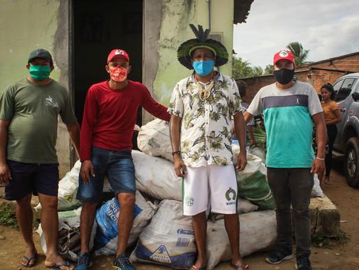 MST doa 6 toneladas de alimentos aos povos Pankarariri e Kariri Xokó.