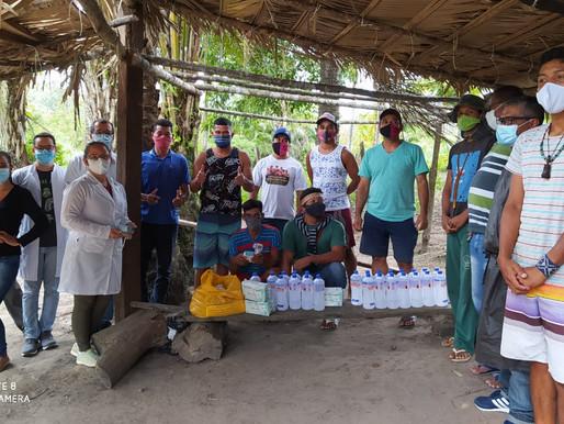 Indígenas Pataxó recebem EPIs em suas barreiras sanitária