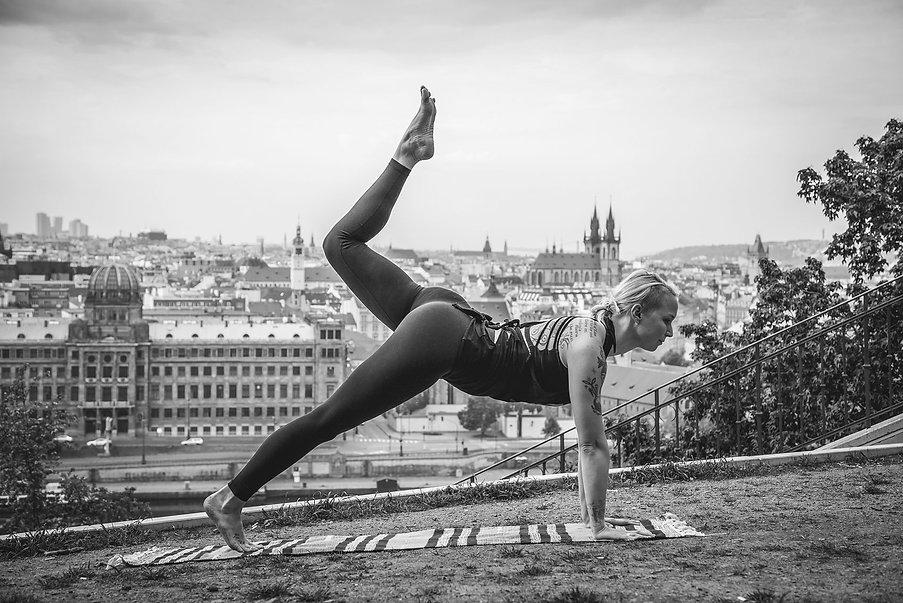 Lisa_doing_yoga_in_prague.jpg