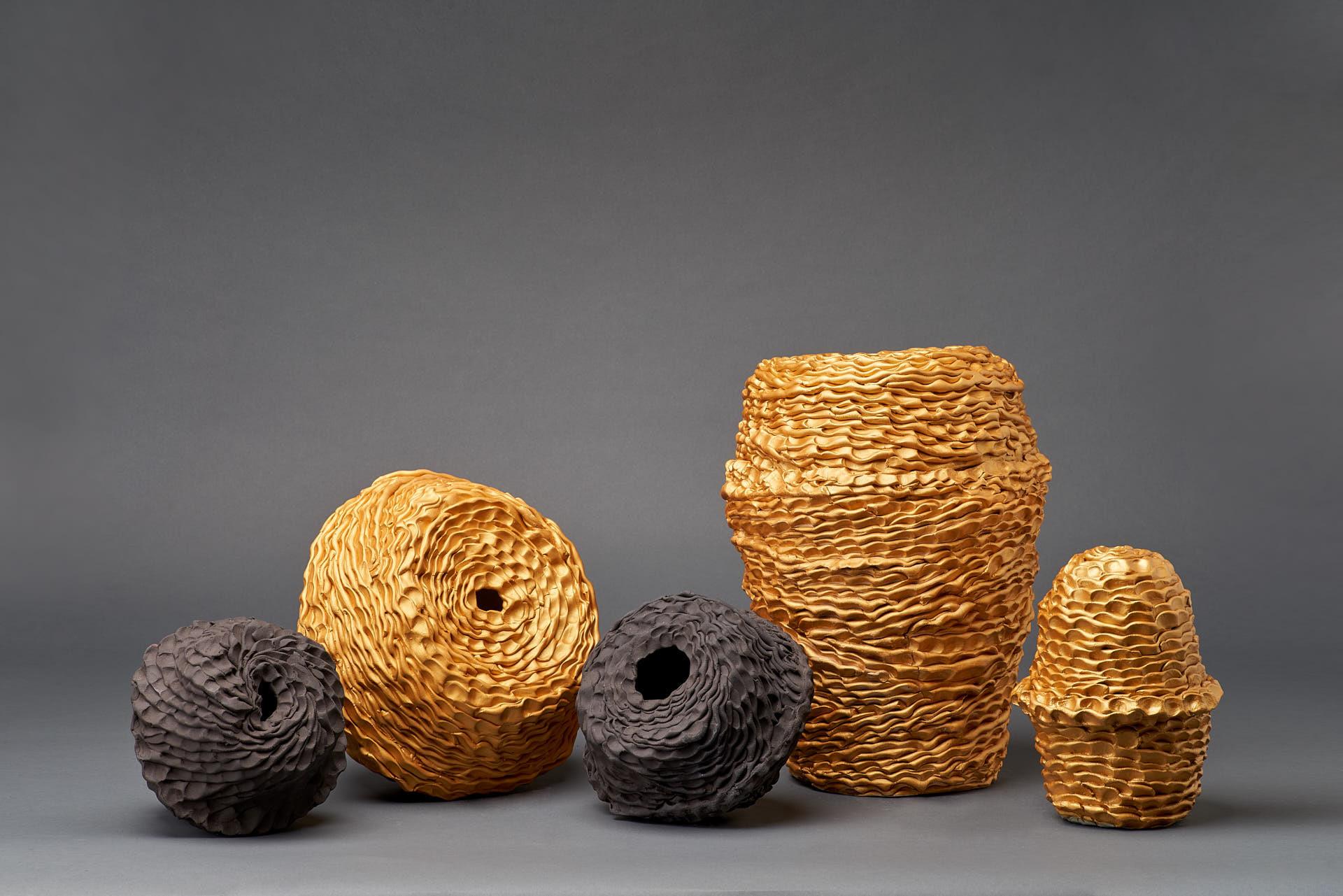 Sam Gold, Stillness votive vessel series, 2020, Gold onglaze, porcelain and stoneware
