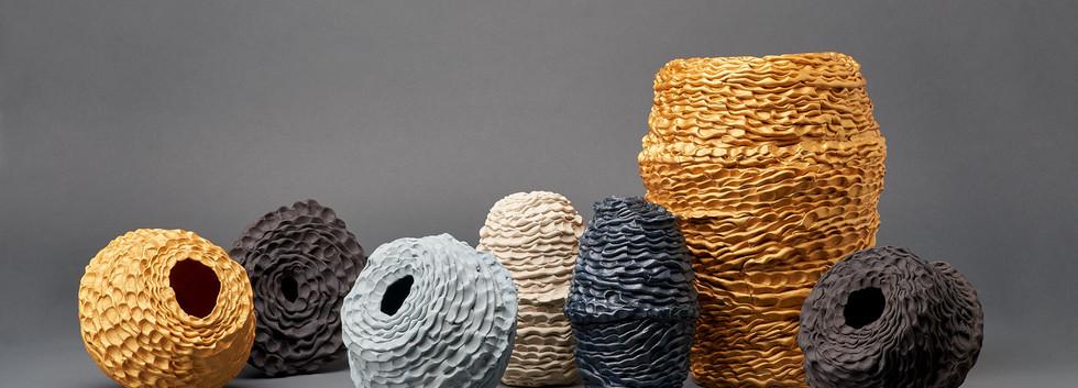 Sam Gold, Stillness votive vessel series, 2020, Gold onglaze, cobalt oxide, porcelain and stoneware