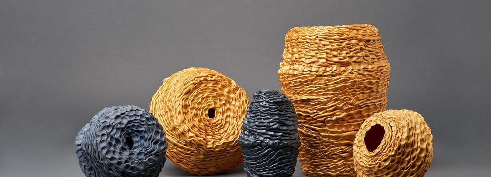 SamGSam Gold, Stillness votive vessel series, 2020, Gold onglaze,cobalt oxide, porcelain and stoneware