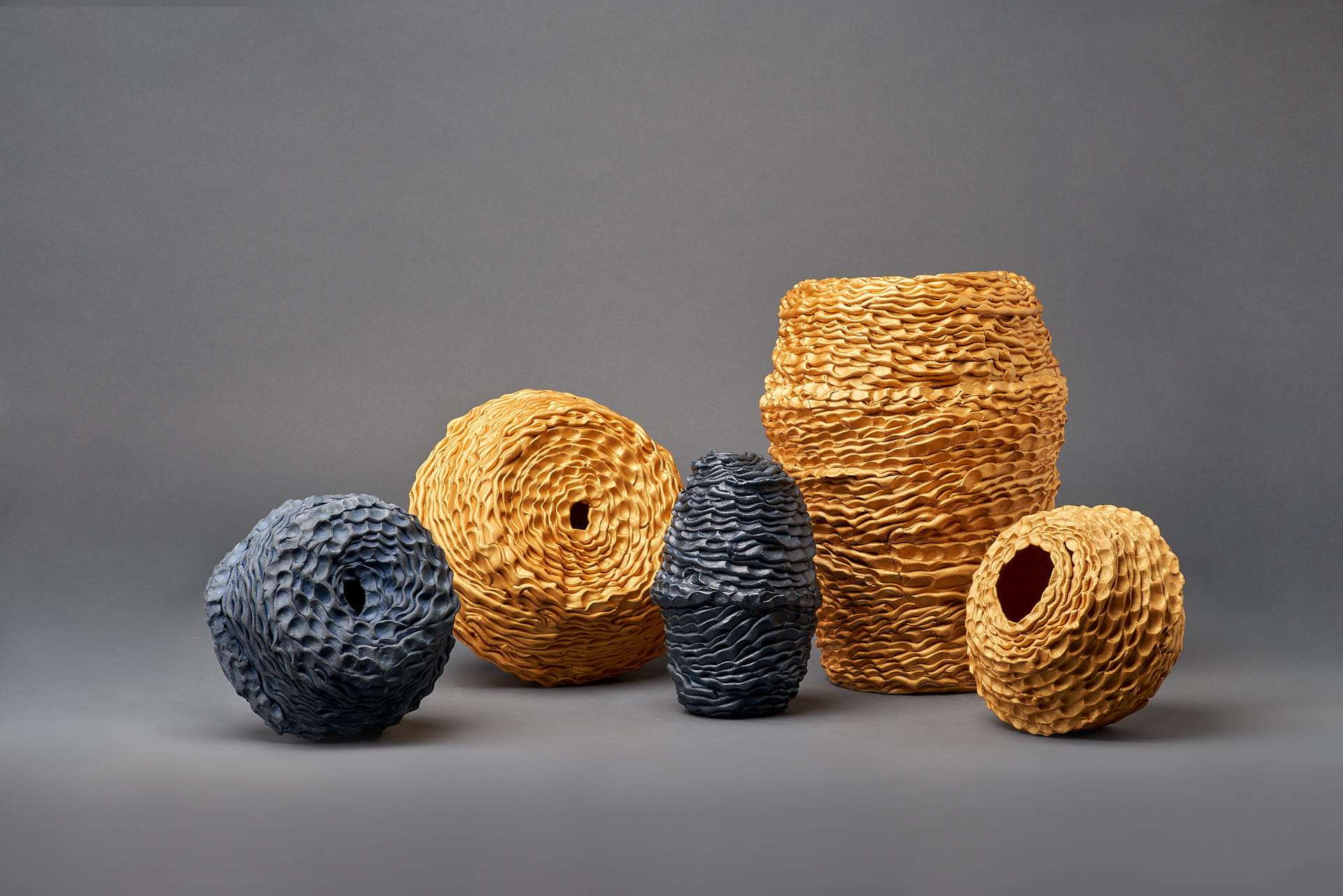 Sam Gold, Stillness votive vessel series, 2020, Gold onglaze,cobalt oxide, porcelain and stoneware