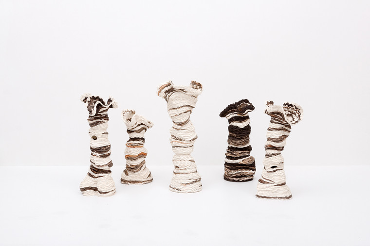 Sam Gold, Touch, 2020 Porcelian and stoneware