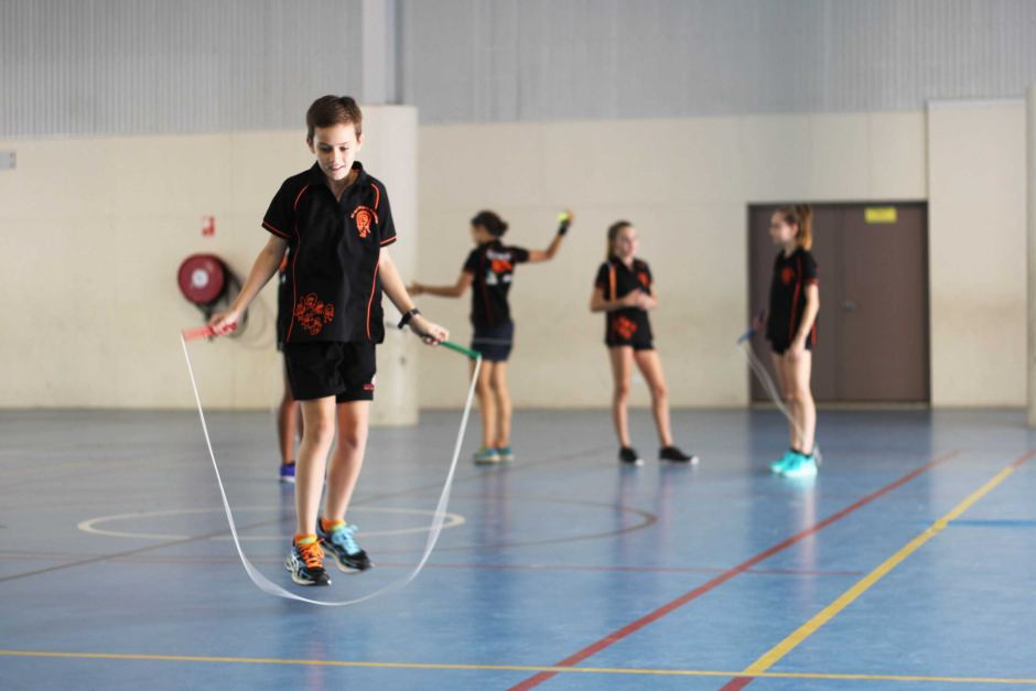 PHOTO: Skipping rope