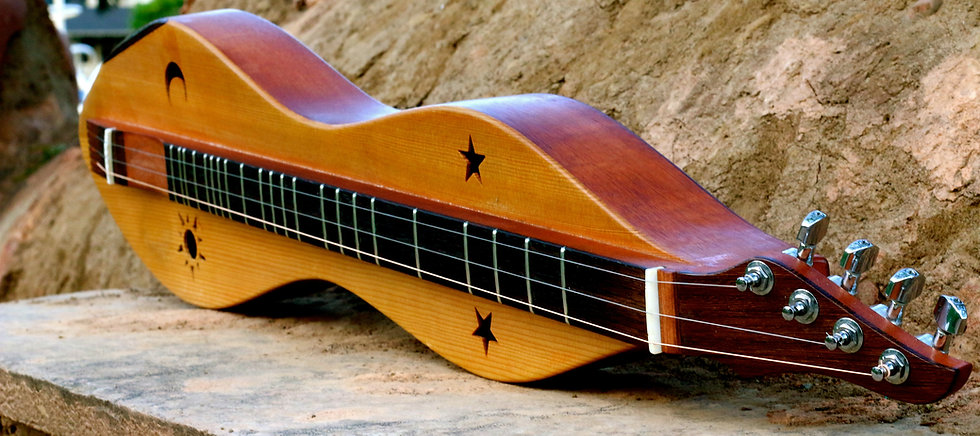 Aaron O'Rourke's mountain dulcimer built by David Beede
